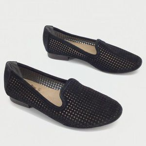Modcloth crown vintage Leather slip on Loafers